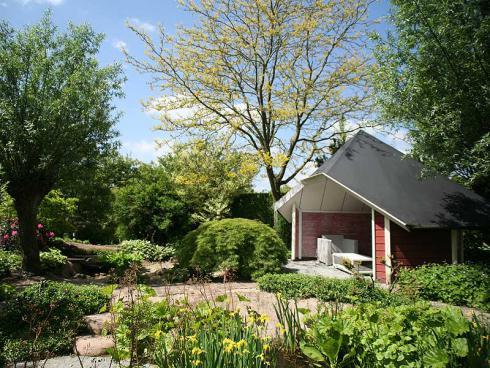 """Foto: Appeltern. - In den """"Gärten von Appeltern"""" bieten über 200 verschiedene Schaugärten Ideen und Inspirationen für Garten, Terrasse und Balkon."""