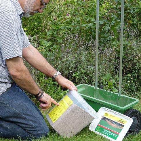 Foto Hauert: Herbstdünger enthält weniger Stickstoff, dafür mehr Phosphat und Kalium..