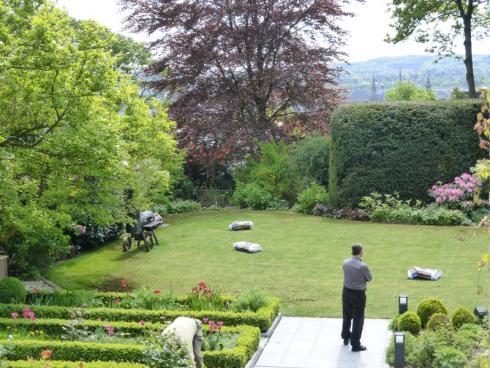 Foto: BGL/Brigitte Röde. - Pflanzen sind die Basis, auf denen das Planungsbüro von Brigitte Röde Freiräume gestaltet, in denen Architektur, Innenraum und Garten eine harmonische, stimmige Einheit bilden.