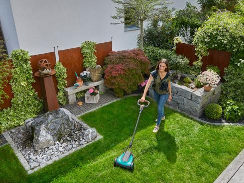 BIld Gardena: HandyMower ideal für kleine Rasenflächen, wie z.B. Vorgärten