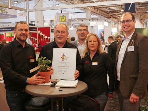Die Glücklichen Preisträger: Robert Maierhofer, Markus Kobelt, Rupert Mayer, Nadja Caille und Frederik Vollert (v.l.n.r.)