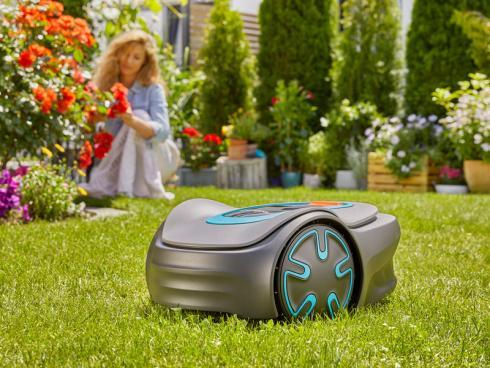 Bild Gardena: Mähroboter minimo für kleine Rasenflächen