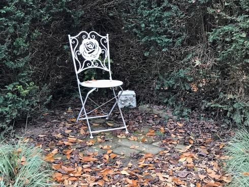Bild garten.ch: Immergrüne Hecken schirmen gut ab und schaffen auch im Winter eine Oase der Geborgenheit.
