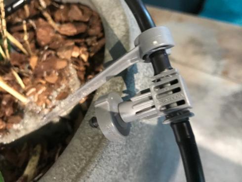 Bild garten.ch: Zum Einsatz kommt das bereits bekannte Micro-Drip-System (Tröpfchenbewässerung).