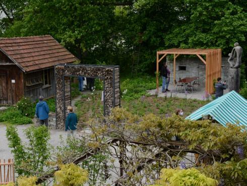 Zahlreiche Besucherinnen und Besucher waren am 29. Mai nach Wängi gereist, um sich Naturgarten-Inspirationen zu holen. © Winkler Richard Naturgärten
