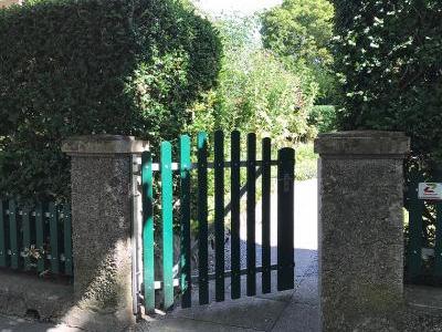 Bild garten.ch: Die Eingangspforte zum Garten