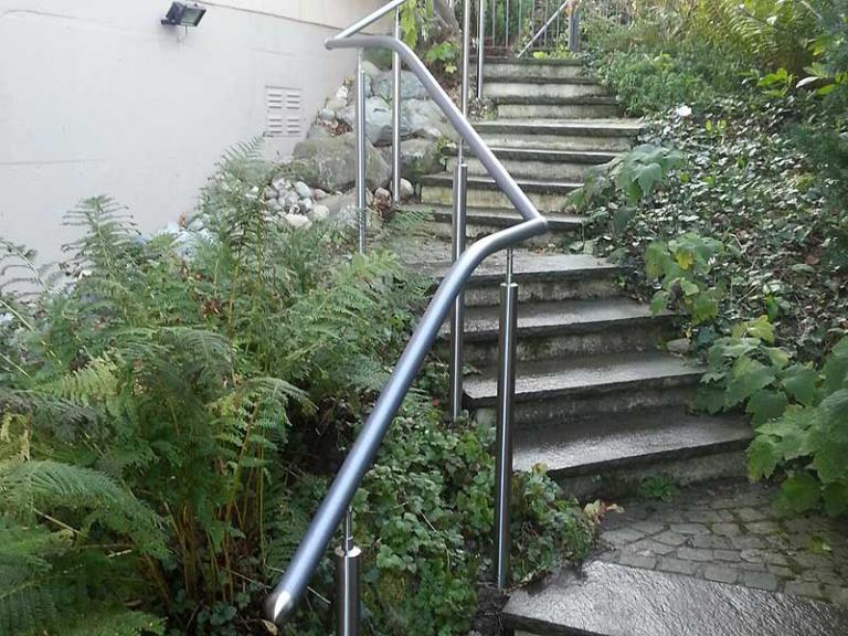 Treppenanlage Flexo-Handlauf